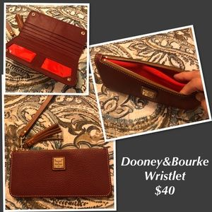 Dooney & Bourke Wallet Wristlet